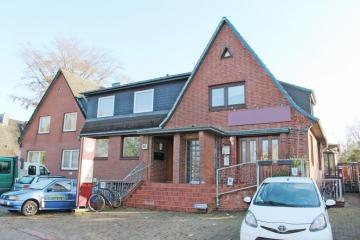 Kapitalanlage: 5 Mietwohnungen und eine Gewerbeeinheit Provisionsfrei für den Käufer, 22848 Norderstedt, Mehrfamilienhaus