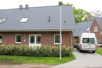 Neubau Doppelhaushälfte mit moderner Ausstattung in dörflicher Wohnlage, 22848 Norderstedt, Doppelhaushälfte