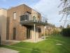 Erstbezug in eine exklusiv ausgestattete 3,5 Zimmer Erdgeschosswohnung in privater Sackgassenlage - Terrasse und Garten