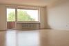 Optimal aufgeteilte Wohnung in verkehrsberuhigter und zentraler Lage von Henstedt-Ulzburg - Taghelles Wohnzimmer