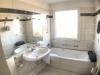 Courtagefrei: Erhabene Wohnung über den Dächern Quickborns im Haus Arabella - Bad