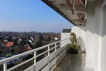 Courtagefrei: Erhabene Wohnung über den Dächern Quickborns im Haus Arabella, 25451 Quickborn, Etagenwohnung