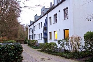 Top Erdgeschosswohnung mit direkter Lage am Alsterlauf, 22397 Hamburg, Erdgeschosswohnung