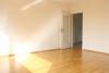 Sofort verfügbar! Hochwertige 3-Zimmer-Wohnung in Hamburg-Meiendorf - Wohnzimmer